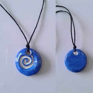 Spiral Aromatherapy Necklace Blue Ceramic Essential Oil Diffuser Pendant