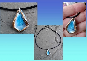 Turquoise Sea Glass Porcelain Choker Necklace with Real Gold Lustre Pendant Adjustable 13