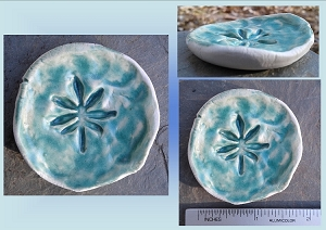 Marijuana Leaf Incense Burner Sea Green Mini Porcelain Dish Cannabis Pottery Ceramic Ring Dish