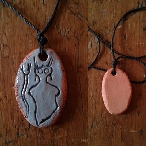 Alien Necklace Sego Canyon Pendant Turquoise Terra Cotta Petroglyph .2