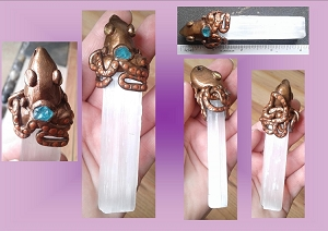Selenite Wand Bronze Octopus Crystal Gypsum Pendant with Blue Apatite Ocean Creatures Sea Amulet White Crystal Liquid Light