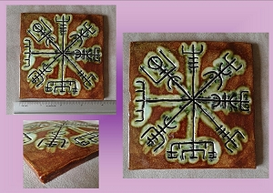 Vegvisir Tile Icelandic Compass Galdrastafur Green Moss Ceramic Decorative Tile Scandanavian Viking Wall Decor
