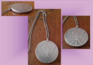 Wolf Rune Necklace Metal Pendant Norse Viking Rune Amulet Etched Metal Disc