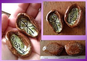 Set 2 Ceramic Worry Stones Green Moss Viking Warrior Power Runestone Anxiety Relief