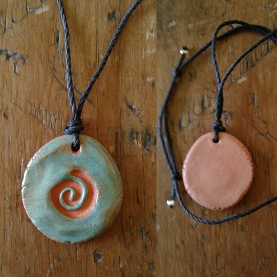 Terra Cotta Spiral Aromatherapy Necklace Turquoise Essential Oil Diffuser Clay Pendant .2